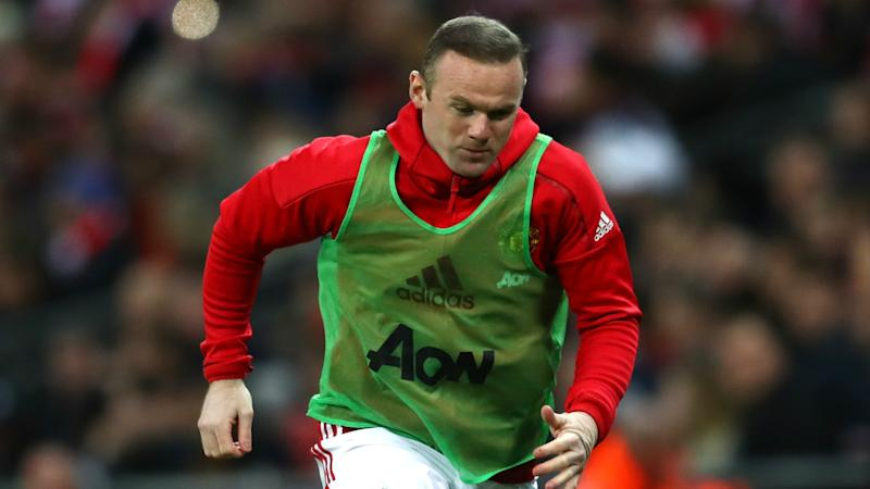 Rooney returns for United to replace injured Ibrahimovic