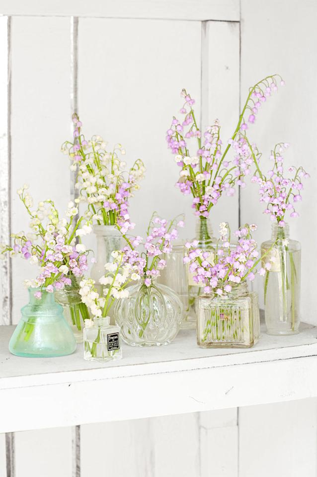 <p>Lilies of the valley are exquisite and perfect for Easter. Arrange them in lovely, delicateperfume bottles for the special occasion.</p>