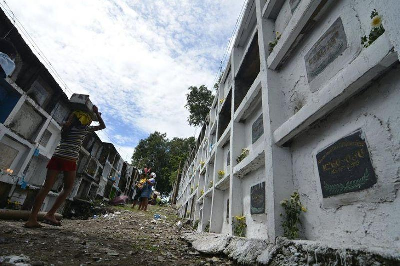 Cemeteries closed for 'kalag-kalag'
