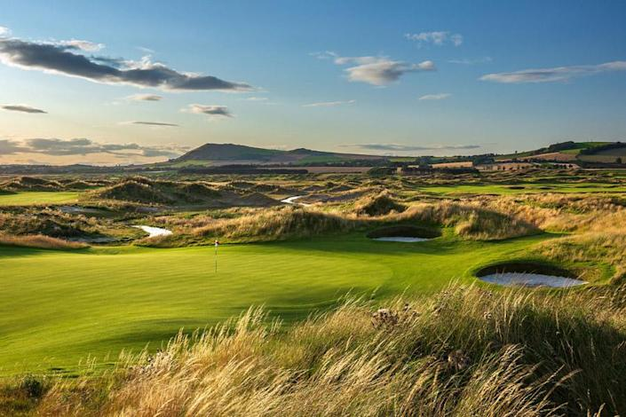 Dumbarnie Links lies along the north shore of Firth of Forth in Leven: Dumbarnie Links