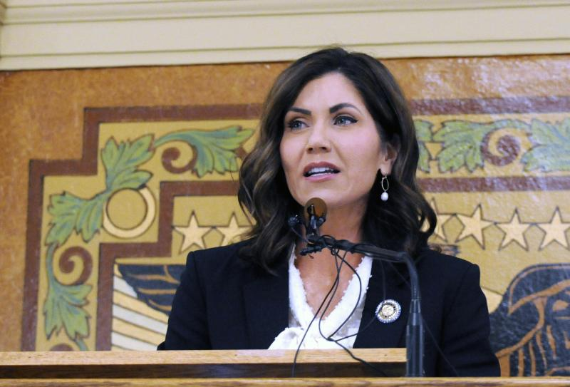 South Dakota governor, Oglala Sioux in protests standoff