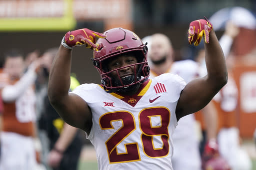 Hall S Late Td Lifts No 15 Iowa State Over No 20 Texas