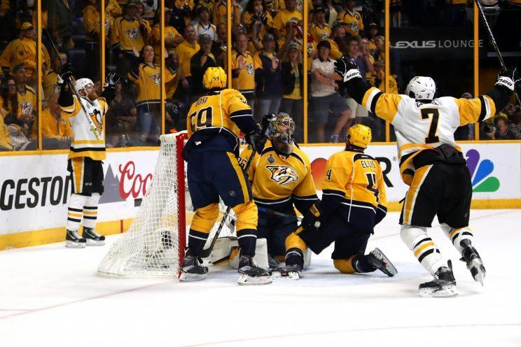 Pittsburgh Penguins defend Stanley Cup title