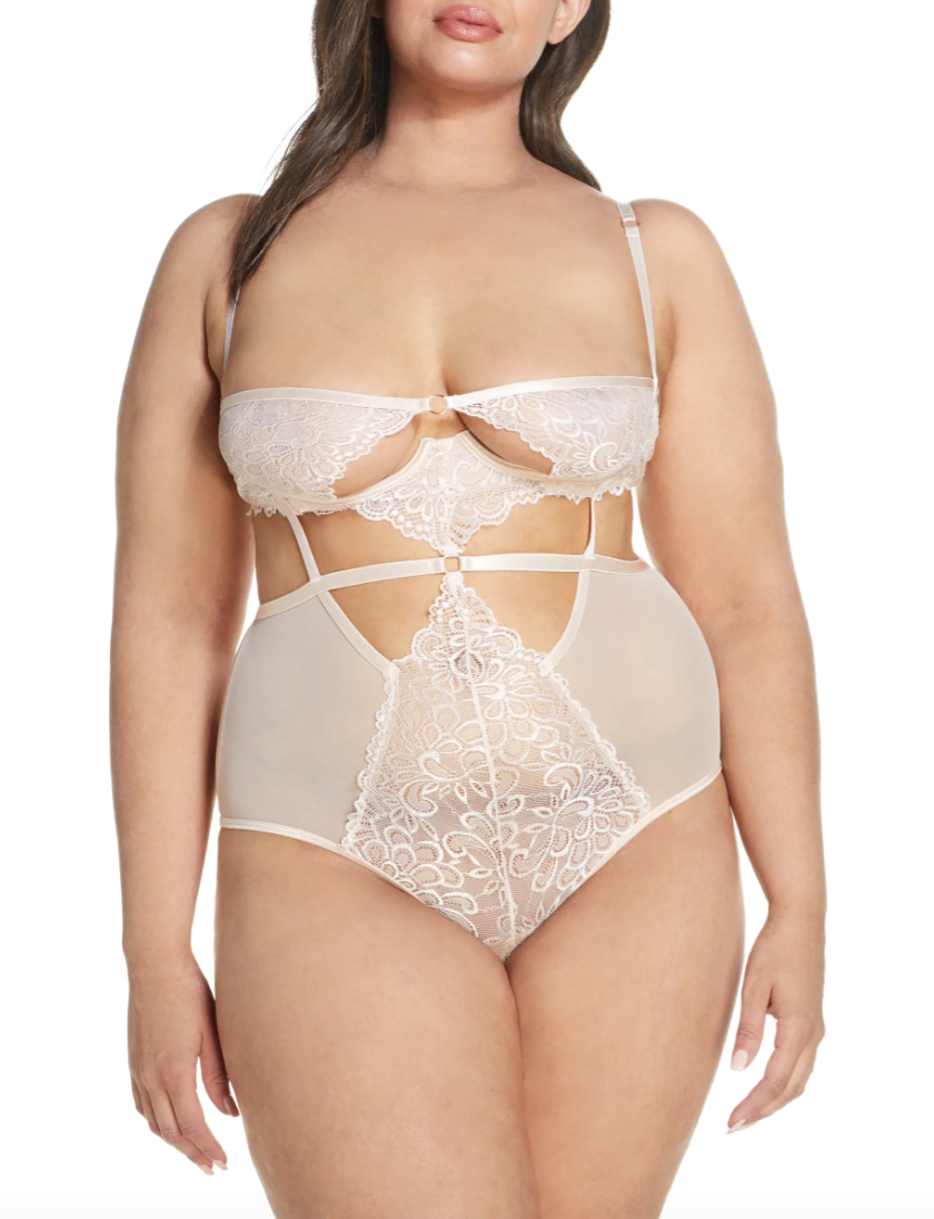 Oh La La Cheri 'Violetta' Underwire Teddy (Photo via Nordstrom)
