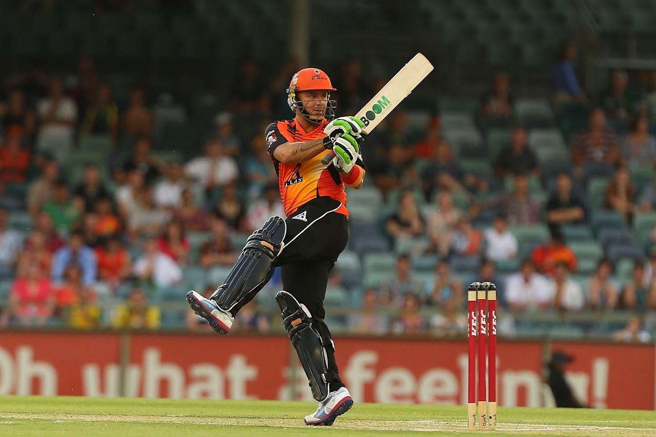 PERTH, AUSTRALIA - DECEMBER 09:  Herschelle Gibbs of the Scorchers bats during the Big Bash League match between the Perth Scorchers and Adelaide Strikers at WACA on December 9, 2012 in Perth, Australia.  (Photo by Paul Kane/Getty Images)