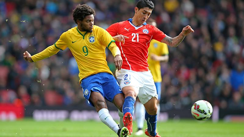 Luiz Adriano, pictured here in action for Brazil in 2015.