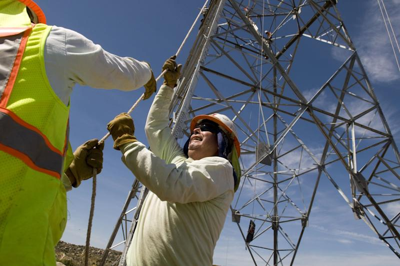 Sempra's Mexico Unit Says Power Proposal Hobbles the Sector