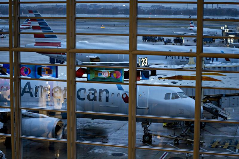 American Airlines to Raise $2 Billion from Share, Convertible Sale
