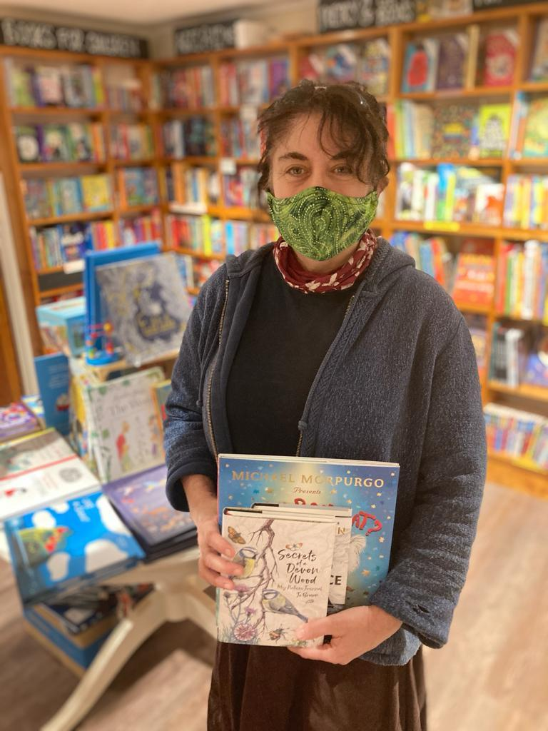 <p>Dee Lalljee provides virtual tours of her bookshop</p>Dee Lalljee