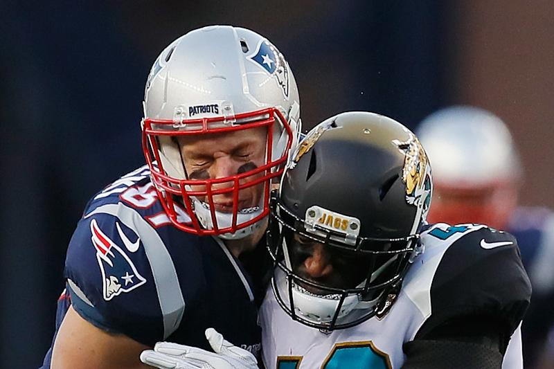 75dc1954 Rob Gronkowski Injury Latest: Will Patriots Tight End Face Eagles in Super  Bowl 52?