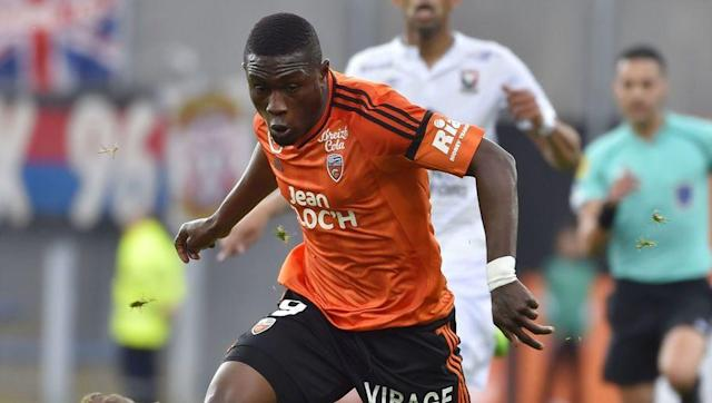 """<p><strong>Transfer: Lorient to West Ham United</strong></p> <br><p>The 25-year-old Ghanaian scored 10 goals in Ligue 1 last campaign, so it's no surprise that he is being linked with a move to the Premier League. The Hammers are thought to be leading the <a href=""""http://www.90min.com/posts/5428180-west-ham-west-brom-and-burnley-all-chase-12-million-rated-lorient-striker"""" rel=""""nofollow noopener"""" target=""""_blank"""" data-ylk=""""slk:chase"""" class=""""link rapid-noclick-resp"""">chase</a> for Waris, although both West Brom and Burnley remain in the hunt. </p>"""