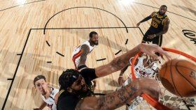 Lakers star Anthony Davis vs. Heat in NBA Finals Game 2