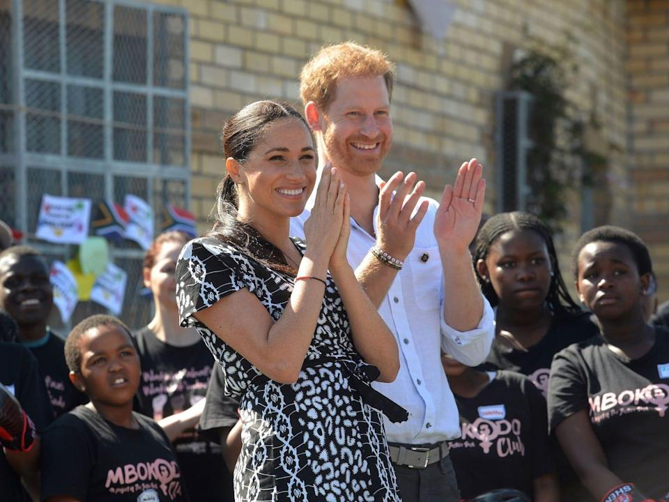 harry and meghan justice desk cae town