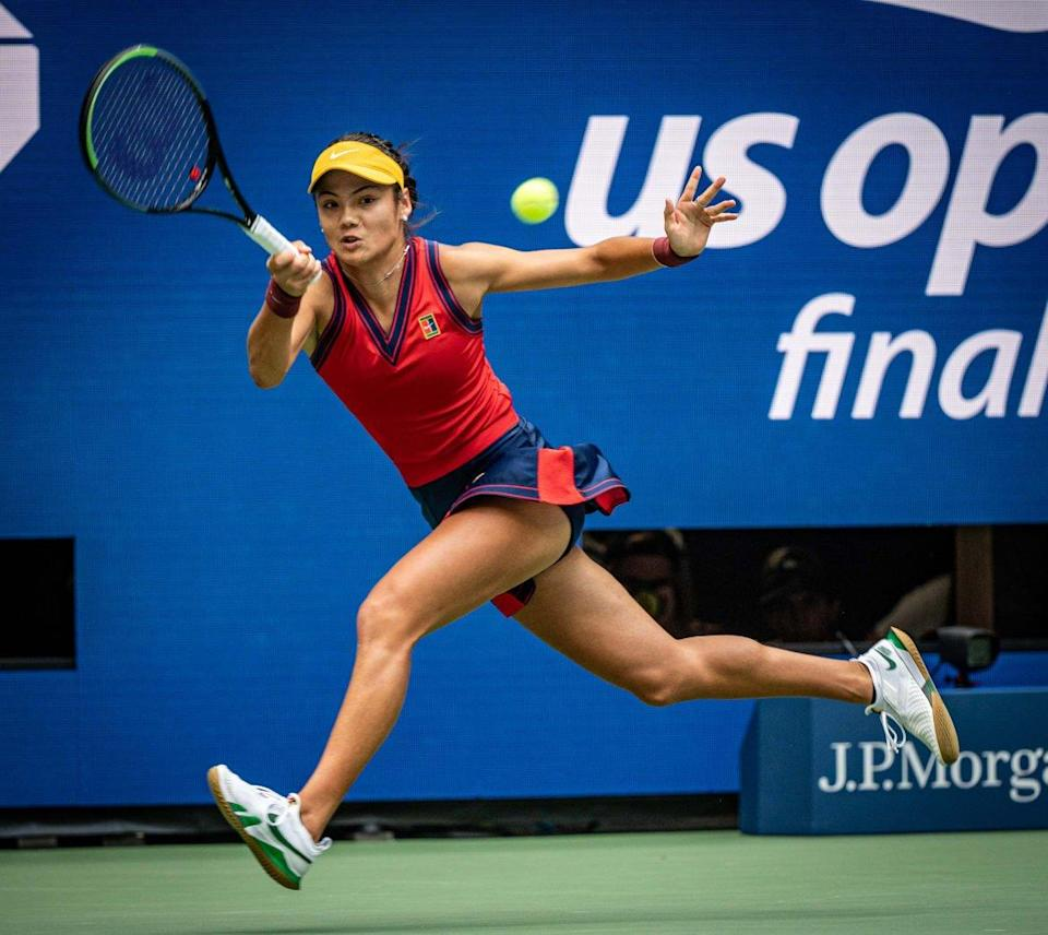 """<div class=""""inline-image__title"""">1339843435</div> <div class=""""inline-image__caption""""><p>Raducanu hits a forehand in the first set against Leylah Fernandez of Canada, during the women's finals match in Flushing Meadow Park, Queens, New York, on Sept. 11, 2021.</p></div> <div class=""""inline-image__credit"""">J. Conrad Williams Jr./Newsday RM via Getty Images</div>"""