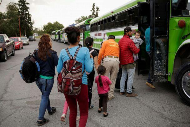 PHOTO: Mexicans fleeing violence board a bus as they are moved to a shelter due a storm forecast in Ciudad Juarez, Mexico, Sept. 30, 2019. (Jose Luis Gonzalez/Reuters)