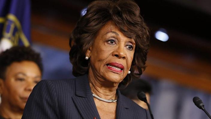 Rep. Maxine Waters (D-CA) speaks at a press conference on Capitol Hill January 31, 2017 in Washington, DC. Waters called for investigation into Trump administration ties to Russia. (Photo by Aaron P. Bernstein/Getty Images)