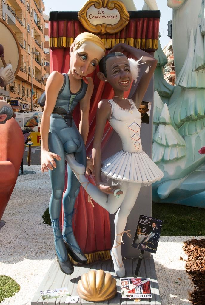 No one is off limits at the Fallas Festival in Valencia where even US president Barack Obama (R) and Russian President Vladimir Putin are turned into 'ninots' (AFP Photo/Jose Jordan)