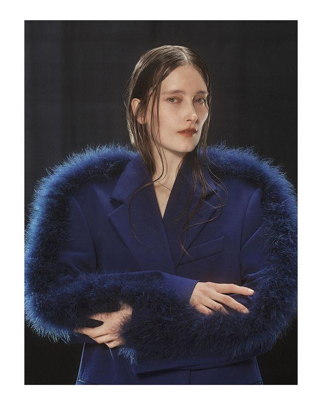 """<p>Shows like Dries Van Noten took the moisturized wave trend to the extreme, creating a '90s wet-hair look.</p><p><a href=""""https://www.instagram.com/p/CL9mzC7LWLX/"""" rel=""""nofollow noopener"""" target=""""_blank"""" data-ylk=""""slk:See the original post on Instagram"""" class=""""link rapid-noclick-resp"""">See the original post on Instagram</a></p>"""
