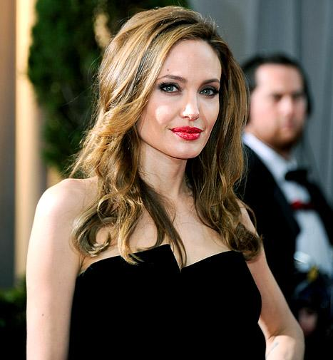 Angelina Jolie to Direct Fifty Shades of Grey?