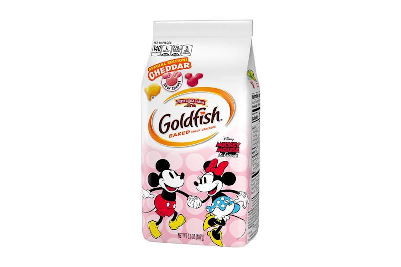 Mickey Mouse Goldfish Are Back with a Brand New Minnie Cracker to Keep Him Company
