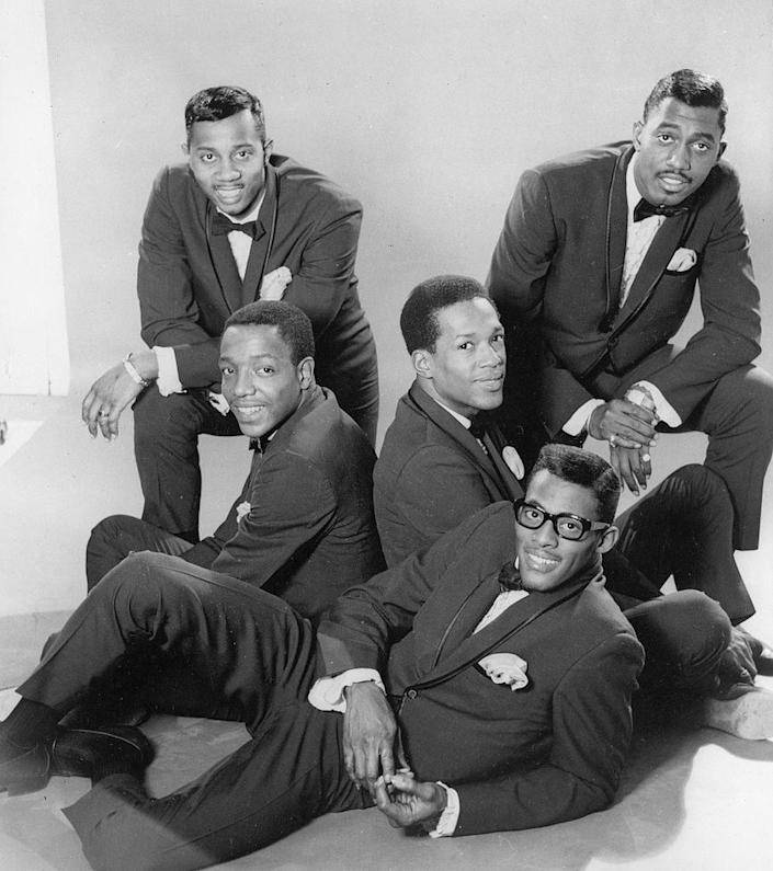 he Temptations, mid-1960s. From left, Melvin Franklin (1942 – 1995), Paul Williams (1939 – 1973), Eddie Kendricks (1939 – 1992), David Ruffin (1941 – 1991), and Otis Williams. (Photo by Hulton Archive/Getty Images)