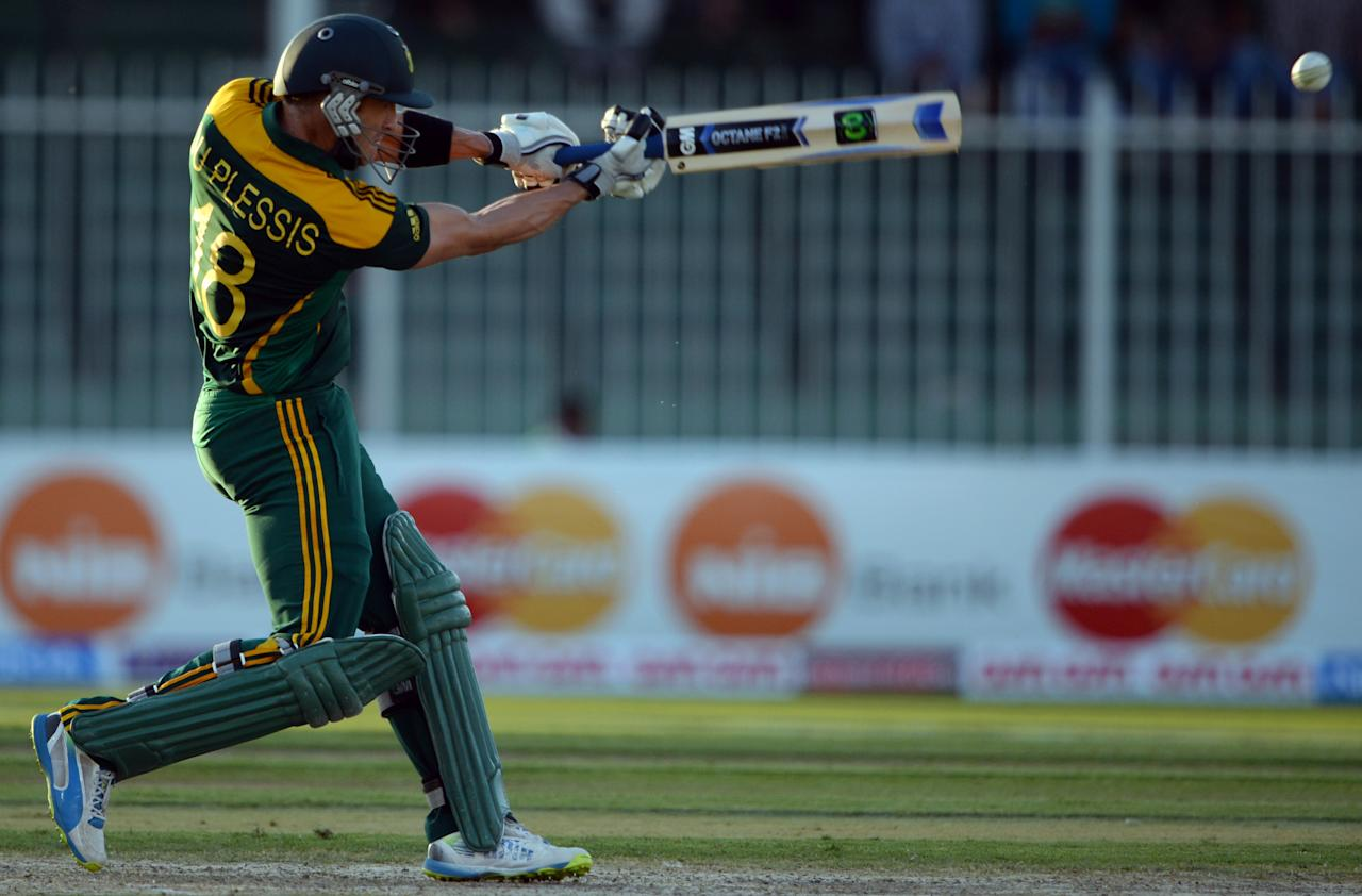 South African player Faf du Plessis plays a shot during the fifth and final one-day against Pakistan at the Sharjah Cricket Stadium in Sharjah on November 11, 2013. South Africa are winning the five-match series with an unbeatable 3-1 lead. AFP PHOTO/ASIF HASSAN