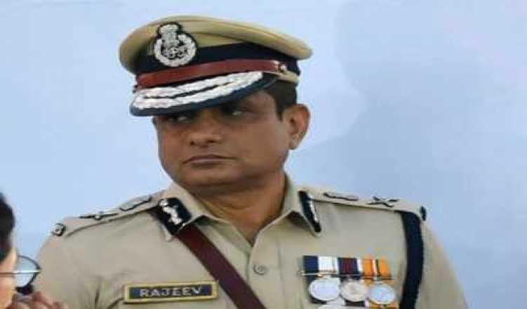Ex-Kolkata CP Rajeev Kumar moves SC seeking extension of protection