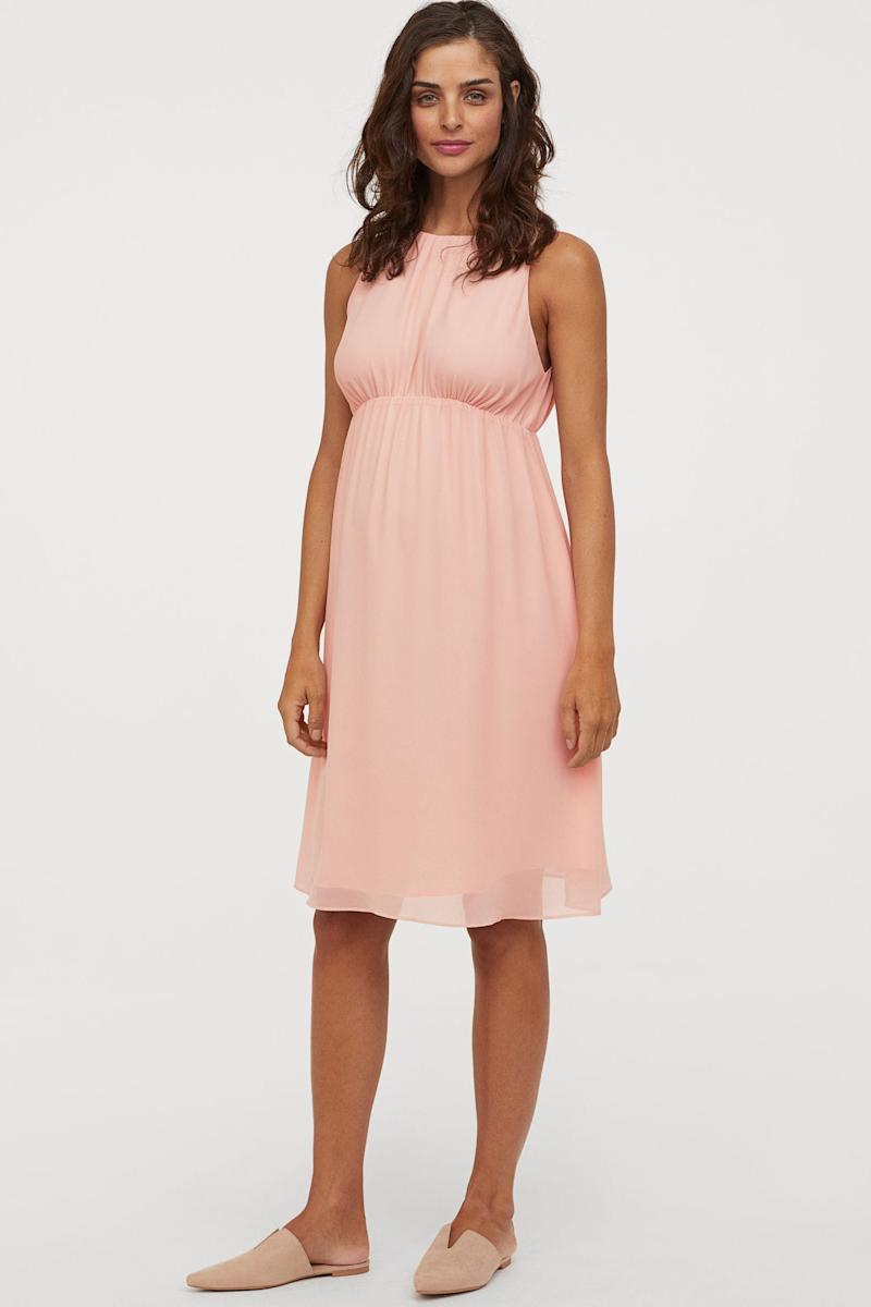 9 Maternity Dresses That Are Perfect For A Summer Wedding