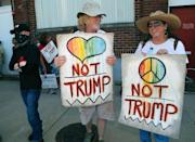 A protest outside a Donald Trump rally on June 16, 2016 in Dallas, Texas (AFP Photo/Stewart F. House)