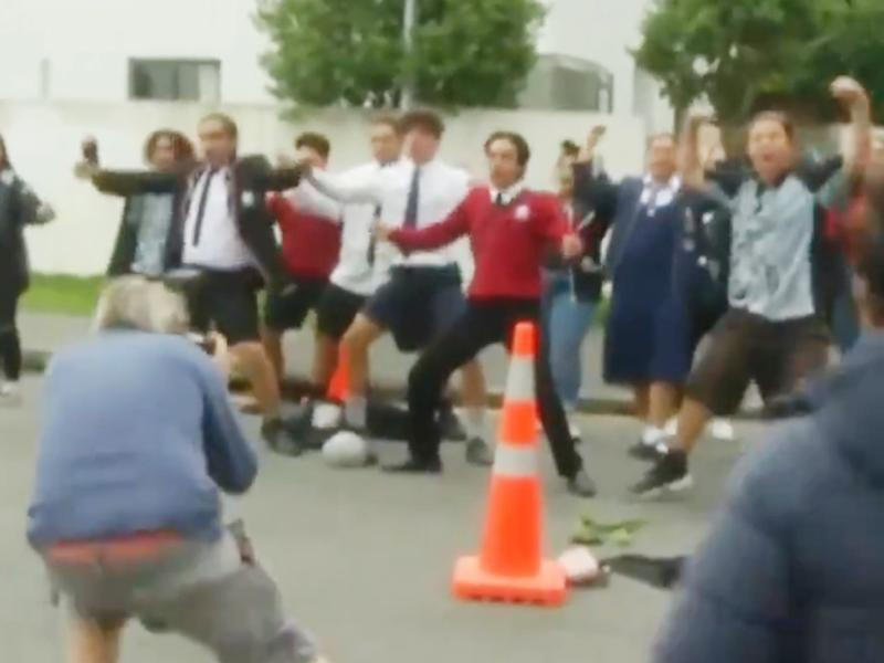 New Zealand mosque shooting: Children perform impromptu haka in tribute to murdered classmates