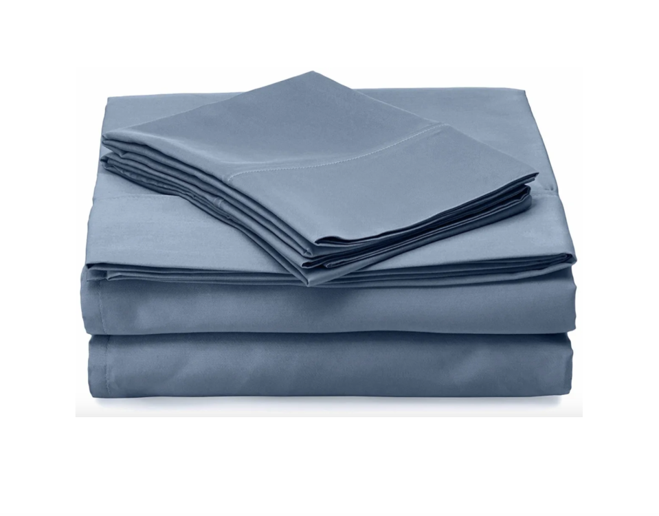"""<p><strong>Robin Wilson</strong></p><p>Robin Wilson Home</p><p><strong>$80.00</strong></p><p><a href=""""https://www.cleandesignhome.com/collections/best-hypoallergenic-luxury-sheets/products/slate-blue-luxury-hypoallergenic-sheet-set"""" rel=""""nofollow noopener"""" target=""""_blank"""" data-ylk=""""slk:shop now"""" class=""""link rapid-noclick-resp"""">shop now</a></p><p>Don't you hate when the fitted sheet bunches up and refuses to stay put on the mattress? Well, Robin Wilson's sheets have a patented accordion-like design that'll help keep 'em in place. </p>"""