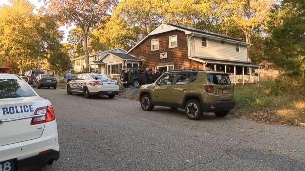 PHOTO: A skeleton was discovered in the basement of a home on Long Island in N.Y., Nov. 1, 2018. (WABC)