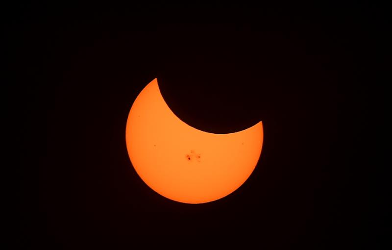 If the morning of March 20 turns out to be very sunny -- before the eclipse hides the sun -- the sudden drop-off in production could reach 34,000 Megawatts, the equivalent of 80 medium-sized conventional power plants (AFP Photo/Frederic J. Brown)