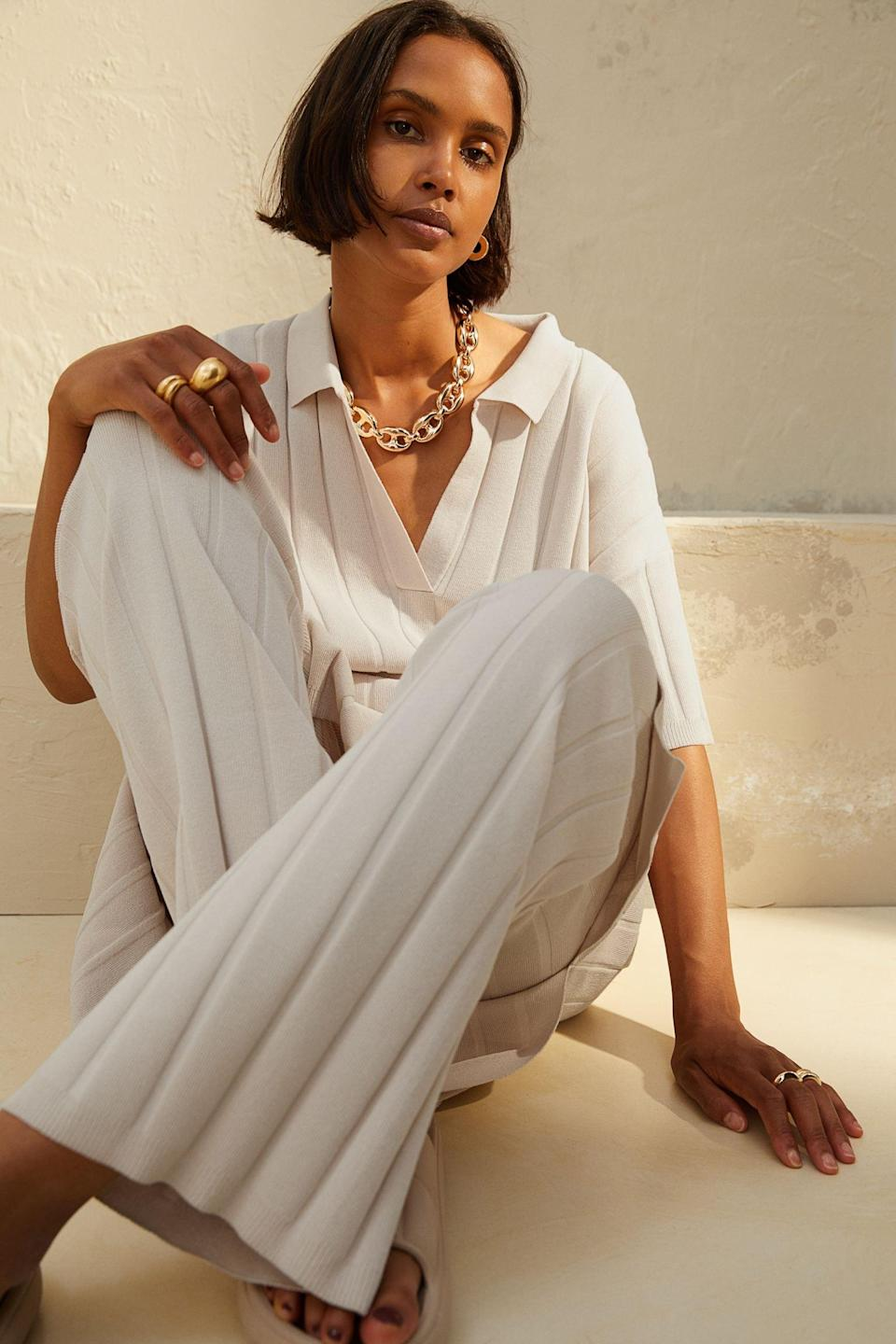 <p>We can't unsee this look, which features these flowy yet polished <span>Rib-Knit Pants</span> ($21, originally $25). We'll definitely be grabbing the matching shirt and gold chain necklace to complete the ensemble.</p>
