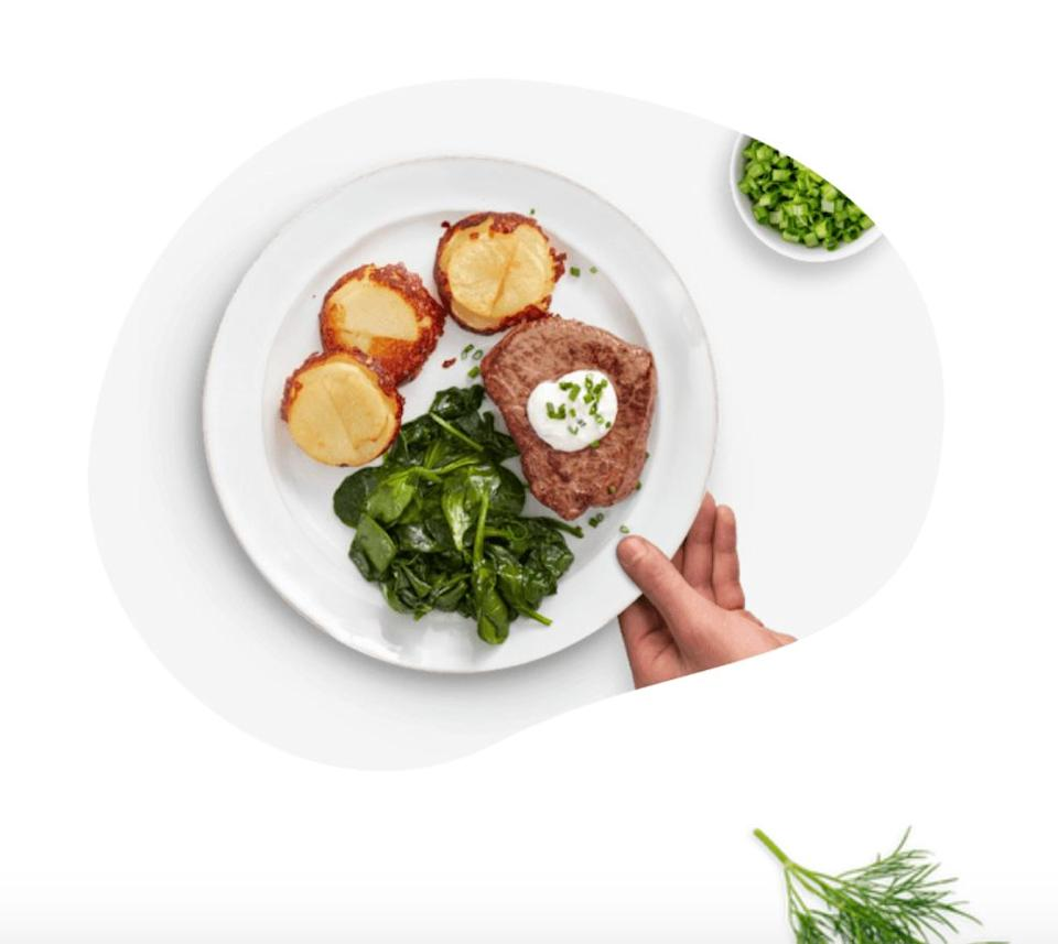 """<a href=""""https://fave.co/3aOpZE8"""" target=""""_blank"""" rel=""""noopener noreferrer"""">Home Chef</a>offers weekly meal kits. You can customize your plate by swapping ingredients or adding even more of a particular protein. You can manage when you get deliveries and get add-ons like smoothies and meats. <a href=""""https://www.huffpost.com/entry/home-chef-review-with-pictures_l_5e52c2a3c5b629695f5c1b55"""" target=""""_blank"""" rel=""""noopener noreferrer"""">We tried it for ourselves</a>.<br /><br />Check out <a href=""""https://fave.co/3aOpZE8"""" target=""""_blank"""" rel=""""noopener noreferrer"""">Home Chef's meal kit subscription</a>."""