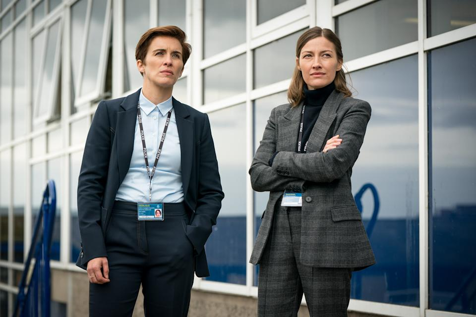 WARNING: Embargoed for publication until 00:00:01 on 06/04/2021 - Programme Name: Line of Duty S6 - TX: 11/04/2021 - Episode: Line Of Duty - Ep 4 (No. n/a) - Picture Shows:  DI Kate Fleming (VICKY MCCLURE), DCI Joanne Davidson (KELLY MACDONALD) - (C) World Productions - Photographer: Steffan Hill