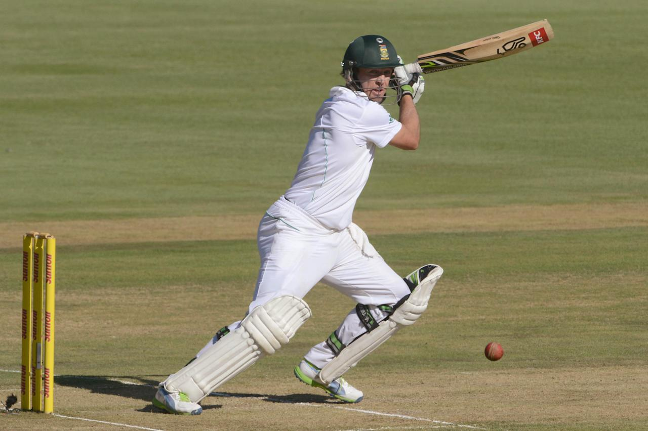 PRETORIA, SOUTH AFRICA - FEBRUARY 22:  AB de Villiers of South Africa in action during the day 1 of the 3rd Test match between South Africa and Pakistan at SuperSport Park on February 22, 2013 in Pretoria, South Africa, (Photo by Lee Warren / Gallo Images/Getty Images)