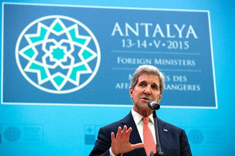 US Secretary of State John Kerry speaks at the NATO Foreign Minister's Meeting in Antalya on May 13, 2015 (AFP Photo/Joshua Roberts)