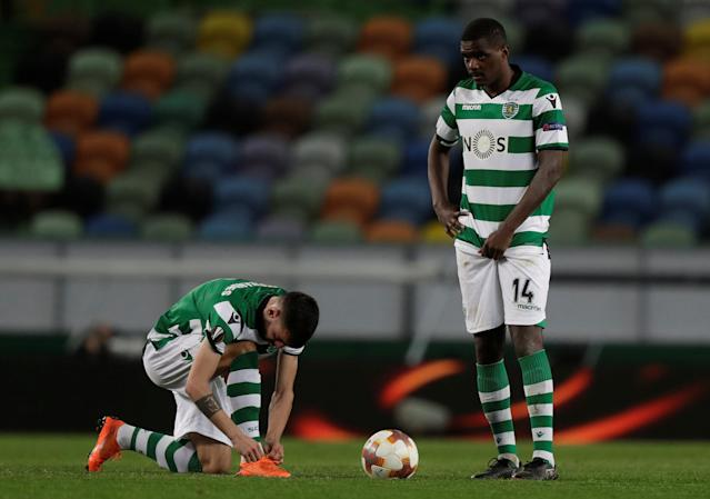 Soccer Football - Europa League Round of 16 First Leg - Sporting CP vs Viktoria Plzen - Estadio Jose Alvalade, Lisbon, Portugal - March 8, 2018 Sporting's Bruno Fernandes and William Carvalho REUTERS/Rafael Marchante