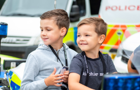 Oscar and his younger brother Charlie spent the day with the police (West Midlands Police)