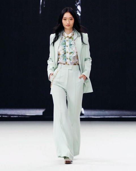 """<p>Soft waves were everywhere you look at fashion month, from this defined look at Zimmermann to more fluffy, air-dried styles.</p><p><a href=""""https://www.instagram.com/p/CLghD0KJPbS/"""" rel=""""nofollow noopener"""" target=""""_blank"""" data-ylk=""""slk:See the original post on Instagram"""" class=""""link rapid-noclick-resp"""">See the original post on Instagram</a></p>"""