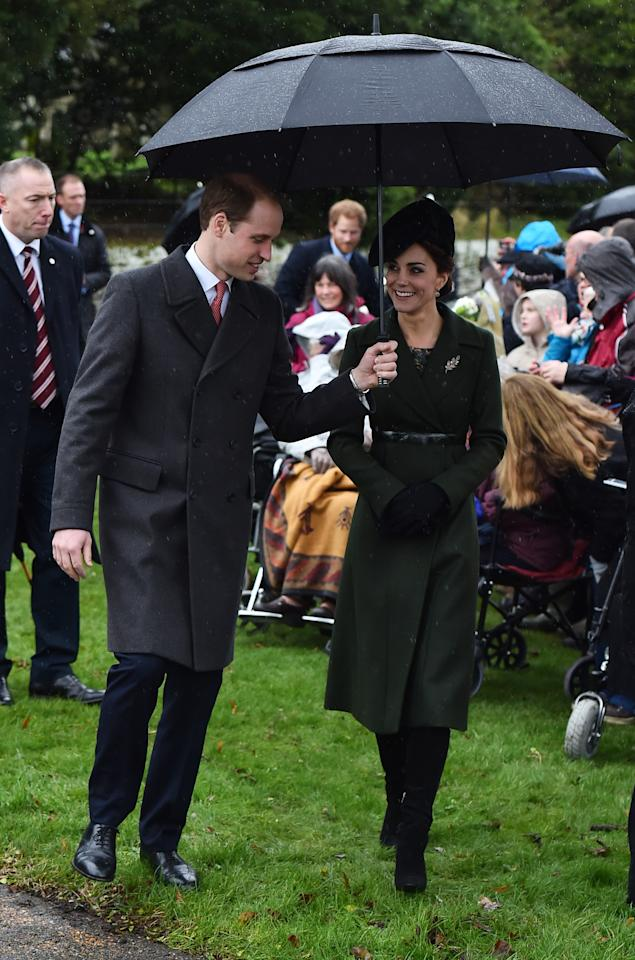 <p>In 2015, Kate wore a forest green Sportmax coat and a matching hat. She teamed it with a printed dress from Great Plains, her Aquatalia 'Rhumba boots' and her Mulberry Bayswater clutch bag. (Getty) </p>