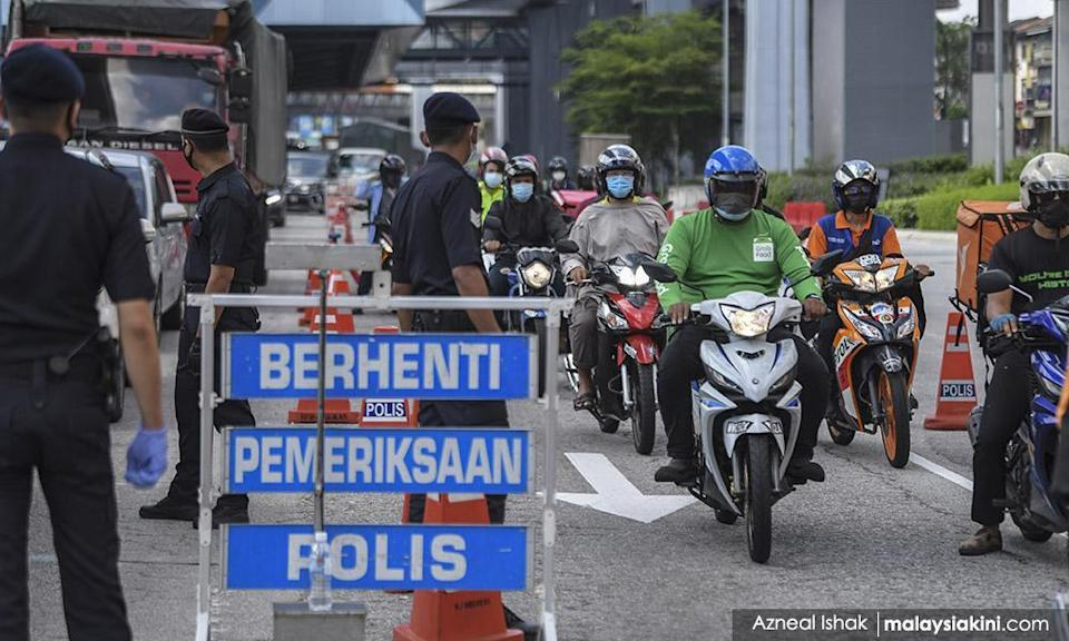 Roadblocks against cancelled rally lead to traffic congestion in KL