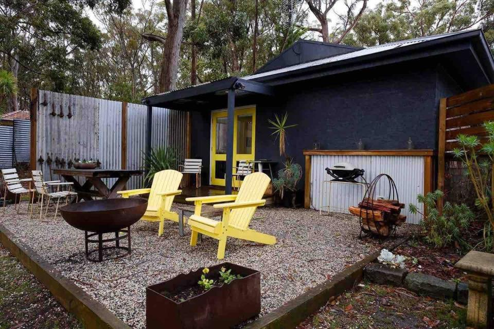 "<h2><a href=""https://www.airbnb.com/s/Sunbury--Victoria--Australia/homes"" rel=""nofollow noopener"" target=""_blank"" data-ylk=""slk:Sunbury, Victoria, Australia"" class=""link rapid-noclick-resp"">Sunbury, Victoria, Australia<br></a></h2>356% YoY increase in booking<br><br><strong><a href=""https://airbnb.pvxt.net/YxN0m"" rel=""nofollow noopener"" target=""_blank"" data-ylk=""slk:Stunning Views — Country Studio"" class=""link rapid-noclick-resp"">Stunning Views — Country Studio<br></a></strong>""Gorgeous studio overlooking a peaceful kangaroo-filled valley. Relax with a glass of wine on your private deck as the sun sets in front of you or light the fire pit and settle in with some toasted marshmallows and hot chocolates. Everything you need to escape and relax.""<br><br><span class=""copyright"">Photo: Courtesy of Airbnb.</span>"