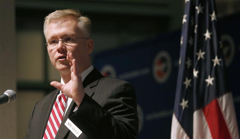 """SEC Commissioner Michael Piwowar speaks on """"advancing and defending SEC's core mission"""" at the U.S. Chamber of Commerce in Washington"""