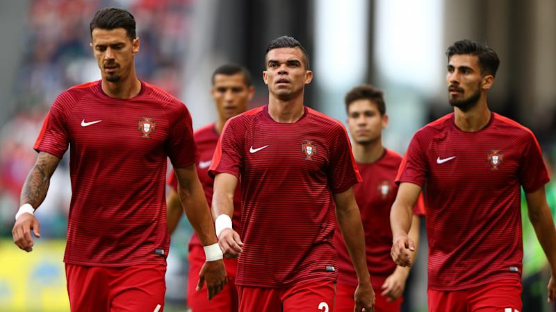 Pepe, Quaresma pay tribute to victims of Portugal forest fires