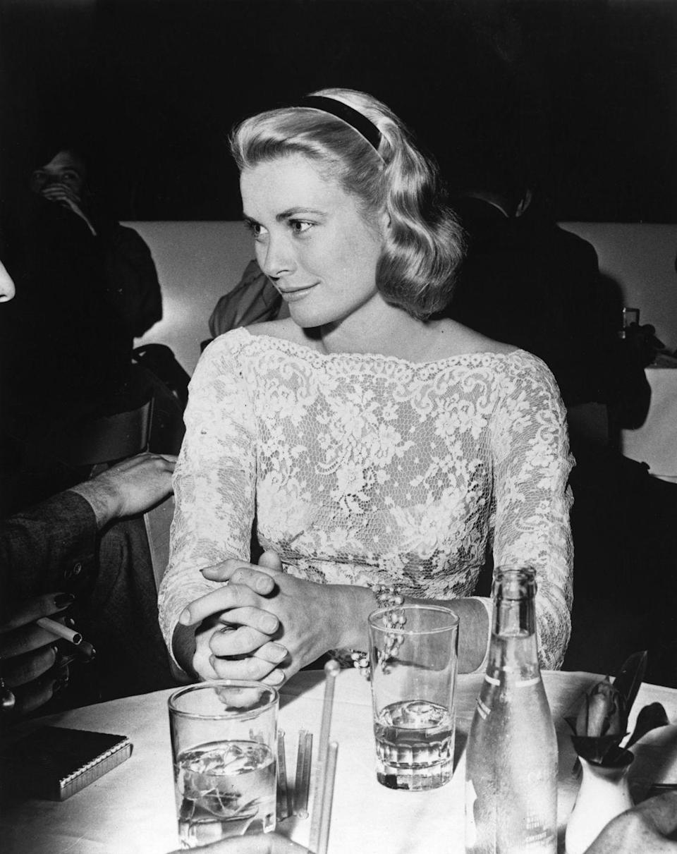 "<p>Hollywood actress turned Princess of Monaco <a href=""https://www.harpersbazaar.com/celebrity/g5011/grace-kelly-photos/"" rel=""nofollow noopener"" target=""_blank"" data-ylk=""slk:Grace Kelly"" class=""link rapid-noclick-resp"">Grace Kelly</a> loved to keep her silky blonde hair pulled back with a polished headband. </p>"