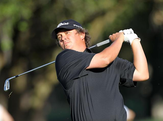 PALM HARBOR, FL - MARCH 17: Jason Dufner plays a shot on the 18th hole during the third round of the Transitions Championship at the Innisbrook Resort and Golf Club on March 17, 2012 in Palm Harbor, Florida. (Photo by Sam Greenwood/Getty Images)