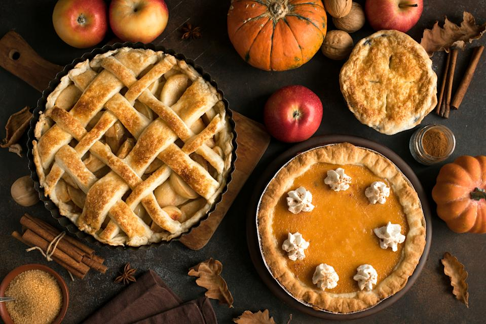 The truth -- and myths -- behind the history of Thanksgiving pies (Photo: Getty)