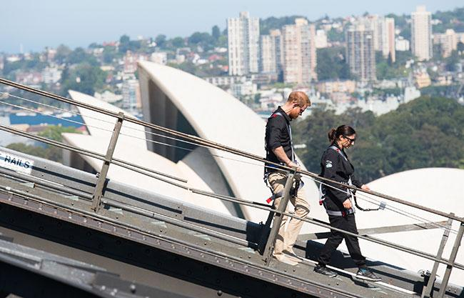 prince-harry-gwen-cherne-sydney-bridge-climb
